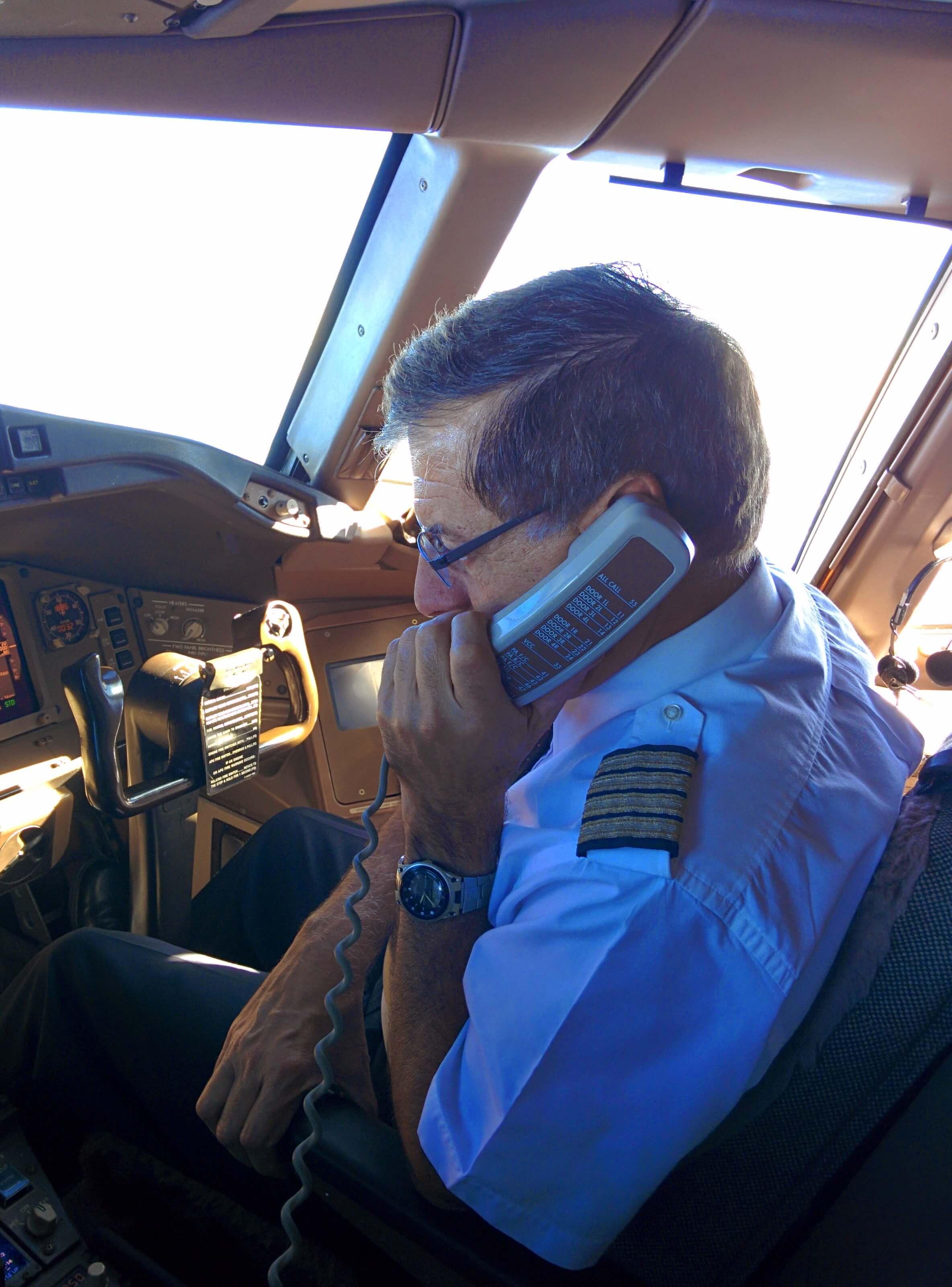 פחד טיסה מה עושים סמינר טיסה ללא פחד עם קברניט מיקי כץ